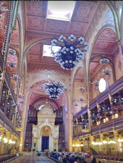Family visit to the Great Synagogue and Holocaust Museum in Budapest